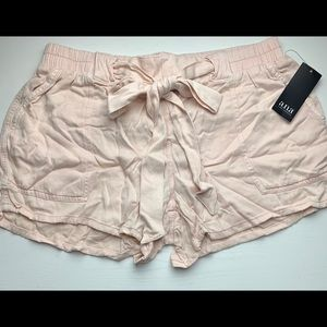 a.n.a Belted Pink Soft Shorts NWT Size Medium